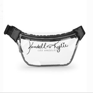 NEW‼️ KENDALL + KYLIE CLEAR FANNY PACK